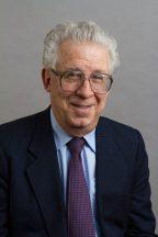 MIT Sloan Senior Lecturer Robert Pozen